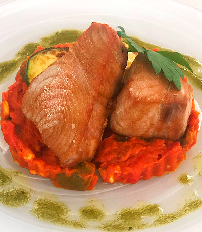Atún con sanfaina restaurante mediterráneo Barcelona